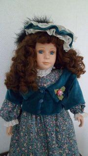 Puppe Porzellanpuppe