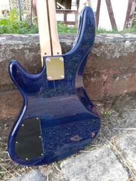 Bild 4 - Bassgitarre - Einzelstück mit Reversed Headstock - Steinheim