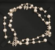 Authentic timeless Chanel Classic Pearl