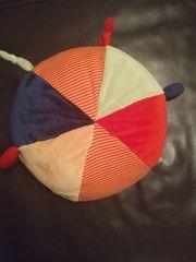 Ball aus Plüsch für Babys