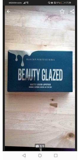 Kosmetik und Schönheit - Lippenstifte Kollektion NEU