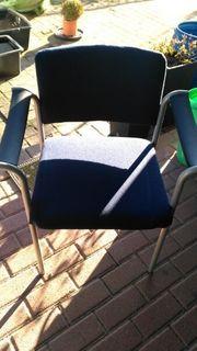 2 Bürostühle stappelbar