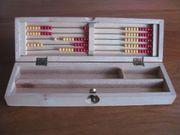 antike Stiftebox mit Abakus aus