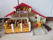 Playmobil-Reitstall