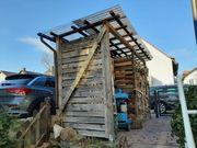Lagerschuppen für Brennholz