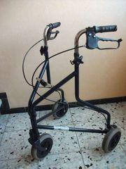 Rollator mit drei Rädern leicht