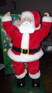Nikolaus Twisting Santa