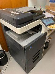 Konica Minolta C220 - Multifunktionsdrucker Inkl