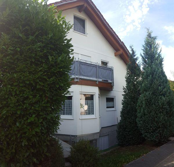 Hochwertiges Niedrigenergiehaus - mit Wohnraumreserve- in