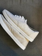 Graue Sneaker Größe 40 ungetragen