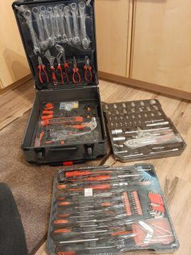 Werkzeugkoffer 429 Teile: Kleinanzeigen aus Darmstadt Waldkolonie - Rubrik Werkzeuge