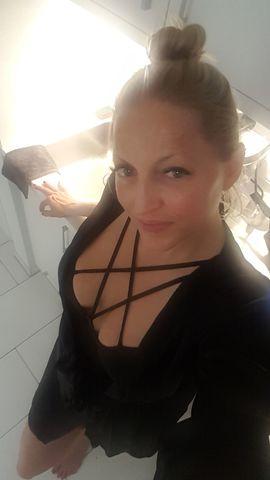 Bild 4 - Blondes Luder mit rattenscharfen Traumtitten - München