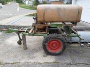 Traktoranhänger z Bewässerung m Druckpumpe