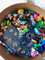 Sammlung Kinderüberraschungseier Figuren