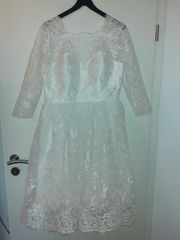 neues Brautkleid auch für Fasching