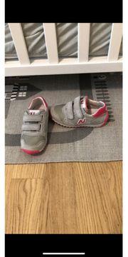 Naturino Sneaker Tunschuhe Gr 25