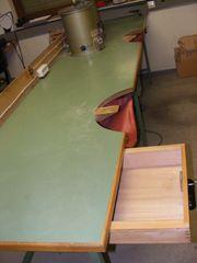 Werktisch mit Waschspritzkessel