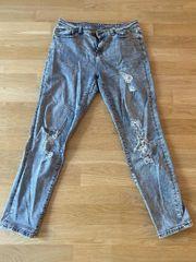 Noisy May ripped skinny Jeans