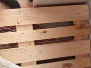 4 Holzpaletten von OBI 80