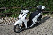 Honda SH125i Roller