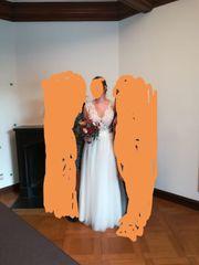Hochzeitskleid lang mit hochwertiger Spitze