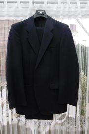 Herren Anzug mit 2 Hosen