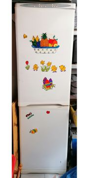 Älteren Kühlschrank zu verschenken