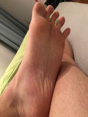 Füße lecken