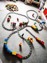 Lego Duplo Steine und Züge