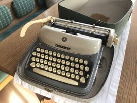 Büromaschinen, Bürogeräte - Alpina Schreibmaschine