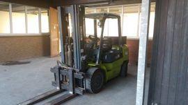 Gabelstapler Diesel Tragkraft 3000 kg: Kleinanzeigen aus Bonn Beuel - Rubrik Sonstige Nutzfahrzeuge