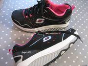 Sketchers Sport Schuhe Gr 38-39