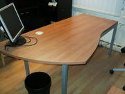 6 Büromöbel 3 Schreibtische 1