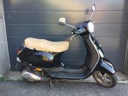 Vespa Roller LX 50