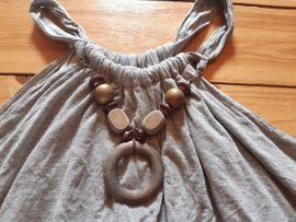 Damenbekleidung - Top Shirt Kleid Holzkette schulterfrei
