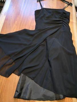 festliches Kleid: Kleinanzeigen aus Langenzenn - Rubrik Festliche Abendbekleidung, Damen und Herren