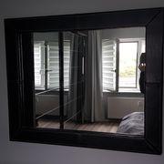 Spiegel mit Sidebord und zwei