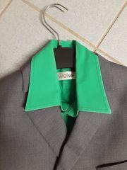 Anzug und mehr Größe 140