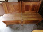 Antike alte Schul-Holzbank