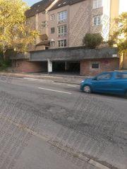 PKW garage Auto Parkplatz Tiefgarage