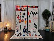 Marokkanischer Azilal-Teppich handgefertigter marokkanischer Teppich