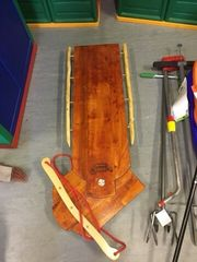 Lenkschlitten aus Holz