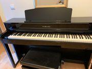 Piano Yamaha CLP 575 PE
