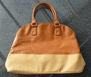 Sehr gut erhaltene Damen-Handtasche braun