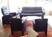 Blaues Ledersofa mit 3 Sesseln