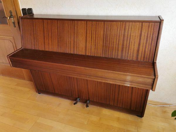 Klavier Hupfeld Modell Carmen