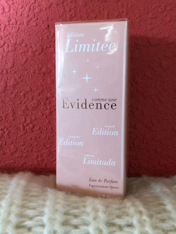 Parfüm comme une Evidence limited