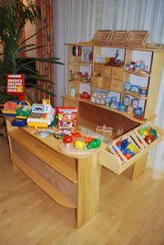 Kaufladen aus Holz mit HABA