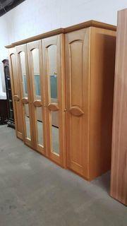 Kleiderschrank hochwertig gepflegt - H13083