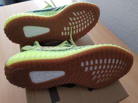 Adidas Yeezy Boost 350 V2: Kleinanzeigen aus Jockgrim - Rubrik Schuhe, Stiefel